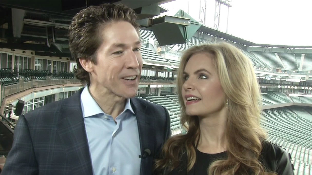 Pastor Joel Osteen and his wife Victoria at AT&T Park
