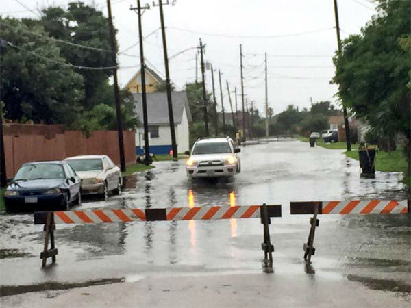 """<div class=""""meta image-caption""""><div class=""""origin-logo origin-image none""""><span>none</span></div><span class=""""caption-text"""">Viewers and ABC13 Eyewitness News crews caught these images of Tropical Storm Bill.</span></div>"""