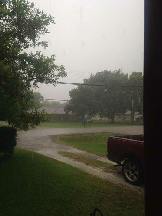 """<div class=""""meta image-caption""""><div class=""""origin-logo origin-image none""""><span>none</span></div><span class=""""caption-text"""">Viewers and ABC13 Eyewitness News crews caught these images of Tropical Storm Bill. (KTRK Photo/ #abc13eyewitness)</span></div>"""