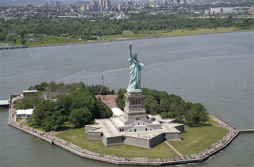 """<div class=""""meta image-caption""""><div class=""""origin-logo origin-image none""""><span>none</span></div><span class=""""caption-text"""">The Statue of Liberty arrived in New York Harbor on June 17, 1885. (AP Photo/Seth Wenig) (AP Photo/ Seth Wenig)</span></div>"""
