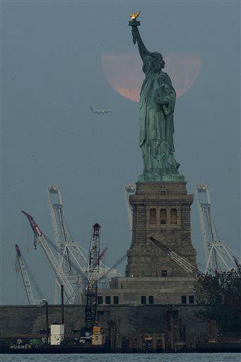 "<div class=""meta image-caption""><div class=""origin-logo origin-image none""><span>none</span></div><span class=""caption-text"">The Statue of Liberty arrived in New York Harbor on June 17, 1885. (AP Photo/Julio Cortez) (AP Photo/ Julio Cortez)</span></div>"