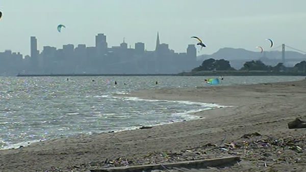 Witnesses say authorities did nothing to help a drowning man in Alameda Monday. It appears that there may have been some confusion as to which agency should have attempted the rescue off Crown Beach.