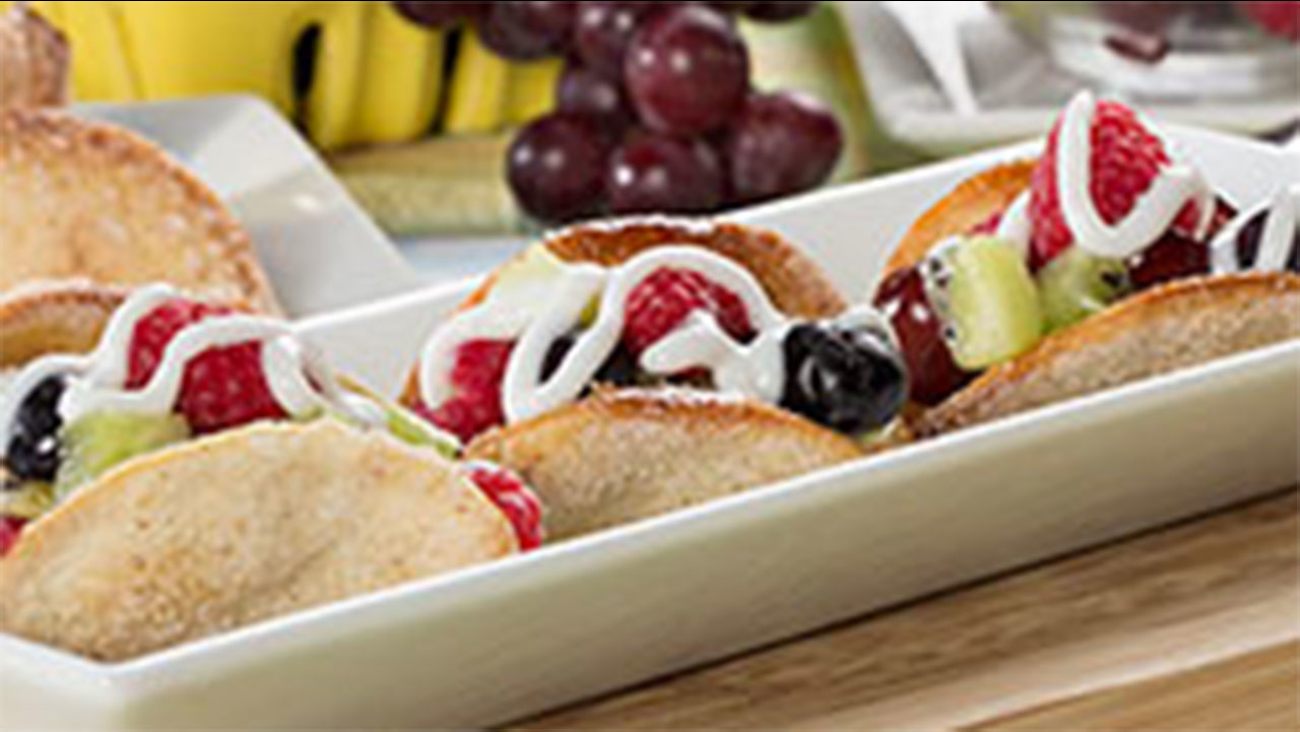 Mini Fruit Tacos recipe