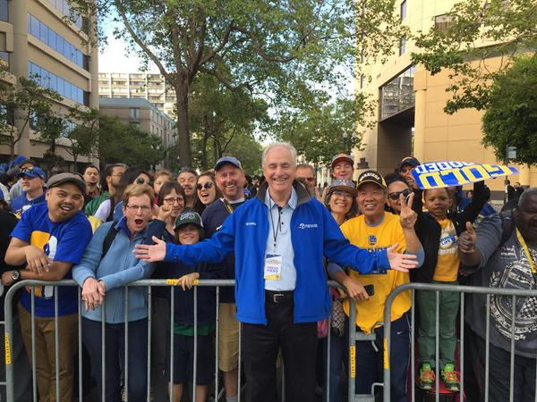 "<div class=""meta image-caption""><div class=""origin-logo origin-image none""><span>none</span></div><span class=""caption-text"">ABC7 Sports Anchor Mike Shuman with Warriors fan before the big parade in Oakland on June 19, 2015. (ABC7 News/Mike Shuman)</span></div>"