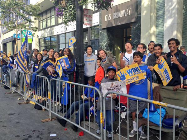 "<div class=""meta image-caption""><div class=""origin-logo origin-image none""><span>none</span></div><span class=""caption-text"">Warriors fans at Golden State Warriors parade in Oakland on Friday, June 19, 2015. (ABC7 News/David Louie)</span></div>"