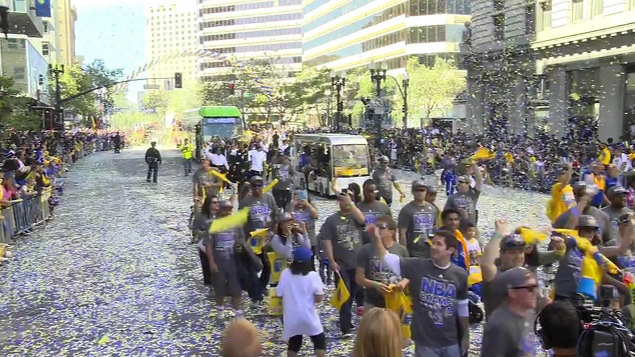 "<div class=""meta image-caption""><div class=""origin-logo origin-image none""><span>none</span></div><span class=""caption-text"">The Golden State Warriors parade in Oakland on Friday, June 19, 2015. Tag pics on Twitter, Facebook, Google Plus and Instagram using #DubsOn7. (KGO-TV)</span></div>"