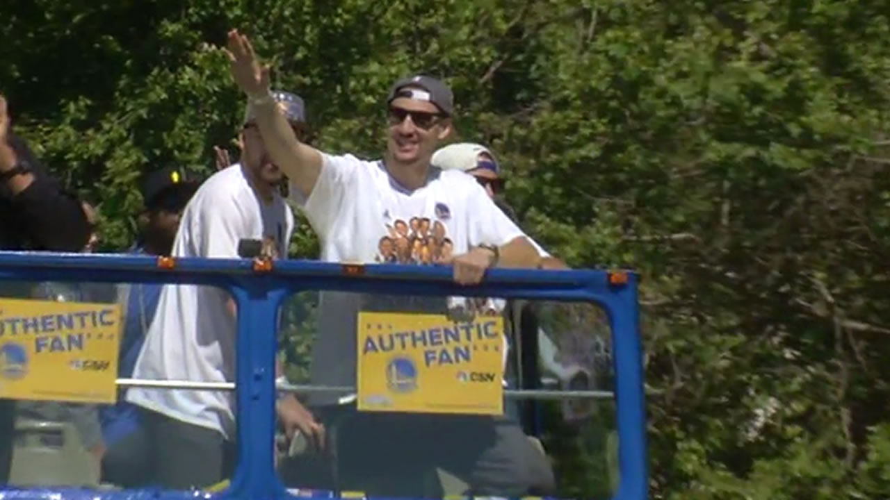 "<div class=""meta image-caption""><div class=""origin-logo origin-image none""><span>none</span></div><span class=""caption-text"">Klay Thompson at the Golden State Warriors parade in Oakland on Friday, June 19, 2015. (KGO-TV)</span></div>"