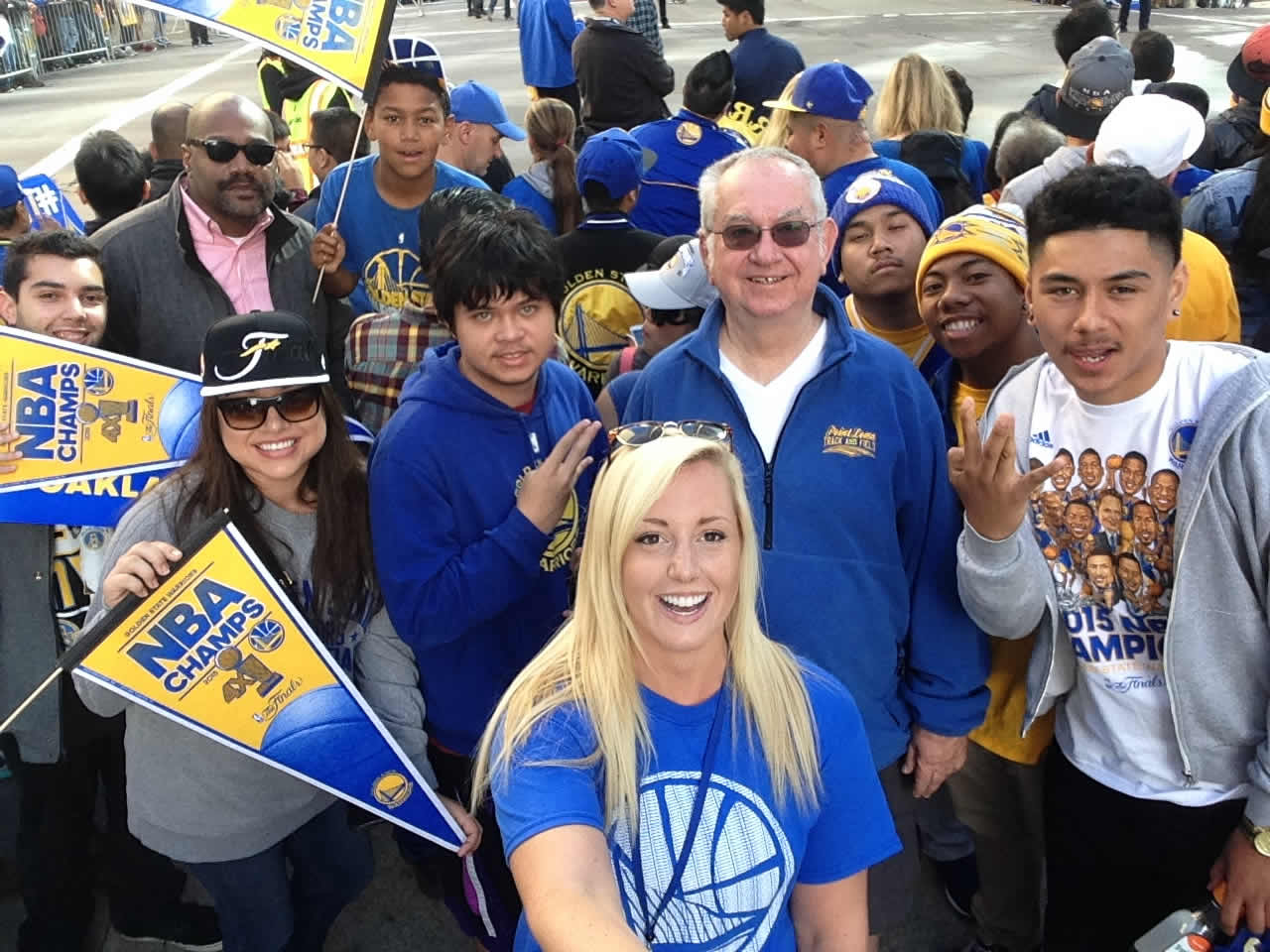 "<div class=""meta image-caption""><div class=""origin-logo origin-image none""><span>none</span></div><span class=""caption-text"">Warriors fans at the Golden State Warriors parade in Oakland on Friday, June 19, 2015. (ABC7 News/Kayla Clark)</span></div>"