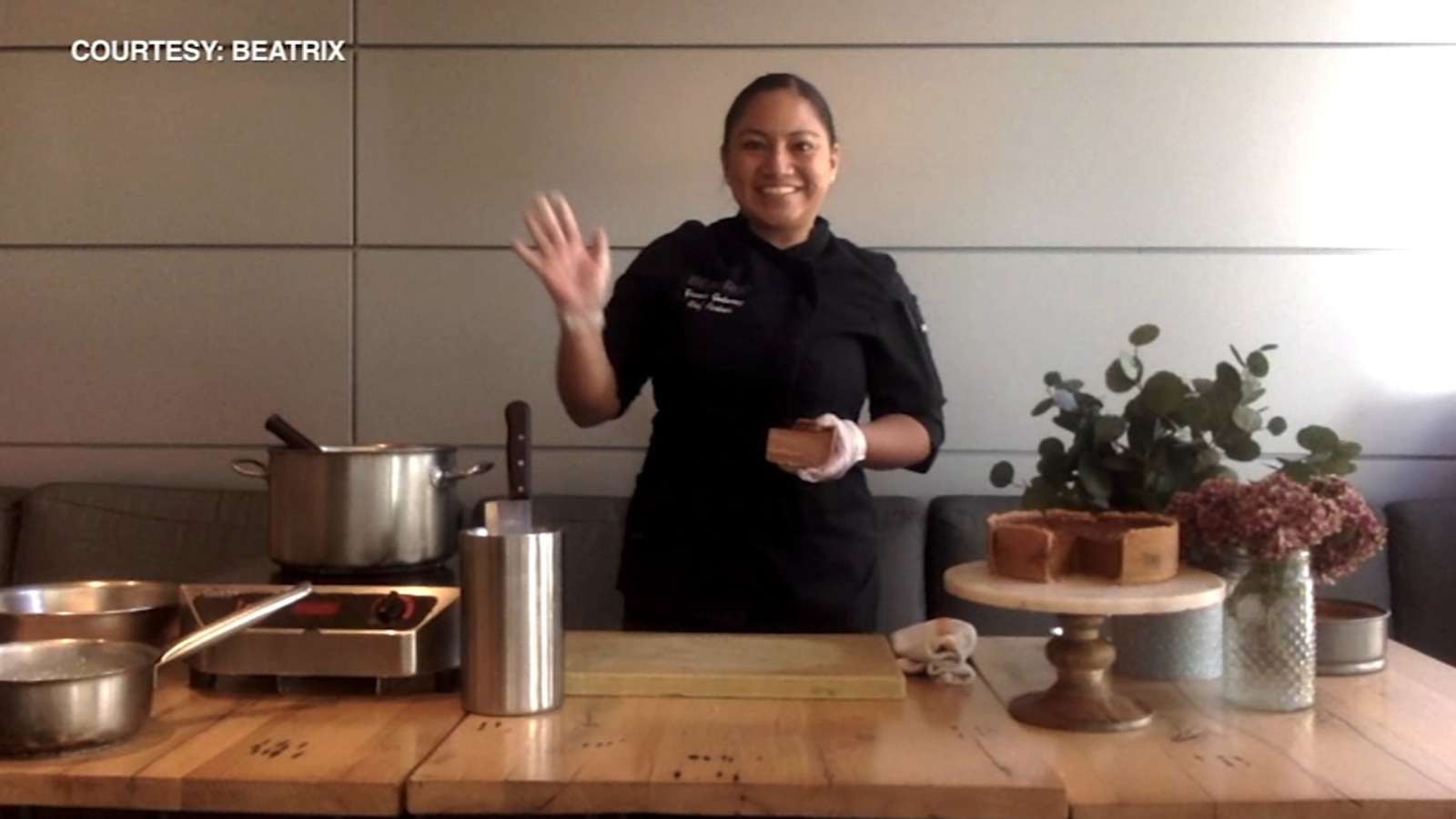 Beatrix chef gives tips on perfect pie ahead of Thanksgiving; restaurant offering online dessert orders