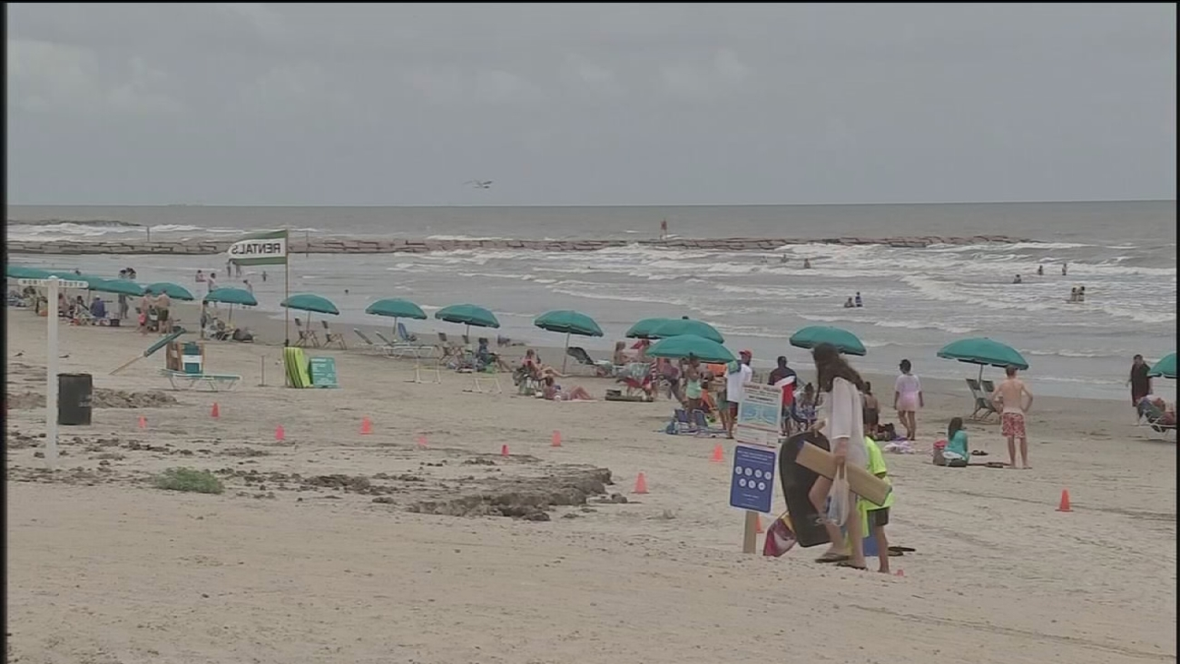 Galveston County: Beach water clean again after report of