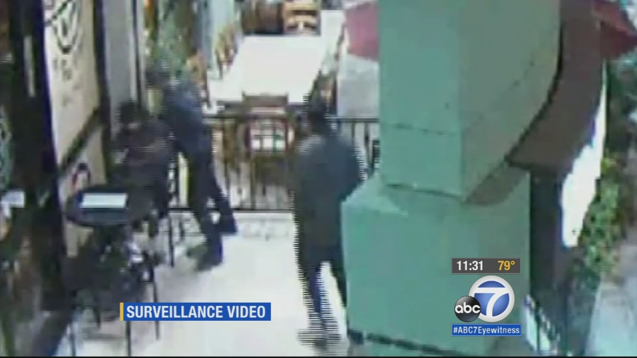 Riverside police say the suspects who beat a man outside a Coffee Bean to steal a MacBook laptop knew the victim was deaf.