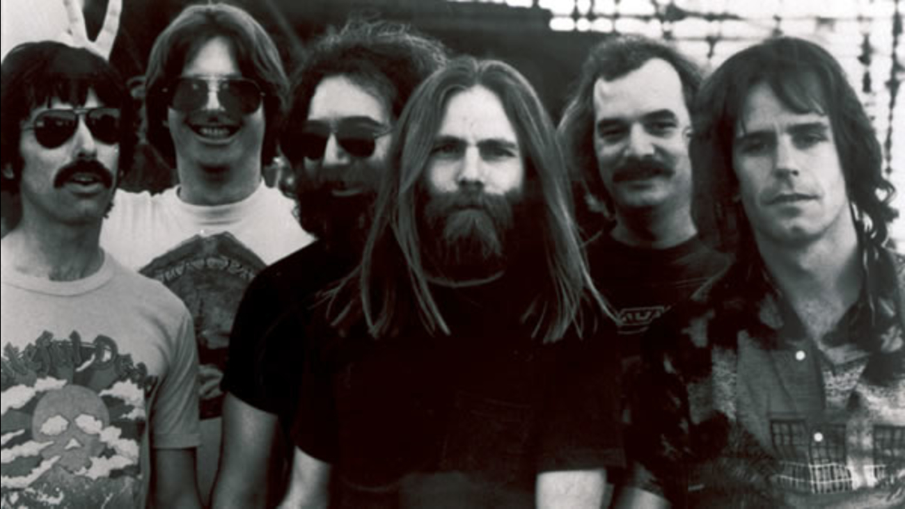 Members of the Grateful Dead,L-R, Mickey Hart, Phil Lesh, Jerry Garcia, Brent Mydland, Bill Kreutzmann, and Bob Weir.