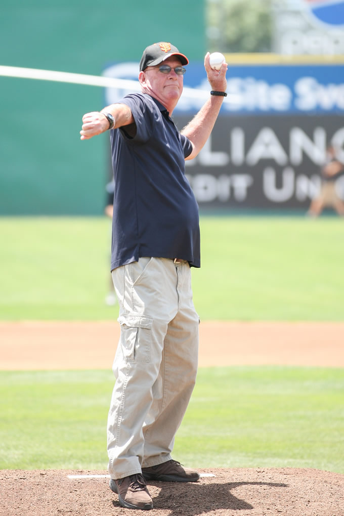 """<div class=""""meta image-caption""""><div class=""""origin-logo origin-image none""""><span>none</span></div><span class=""""caption-text"""">Fallen Officer Michael Johnson's father, Dan, throws out the ceremonial first pitch ahead of a San Jose Giants game in San Jose, Calif. on June 28, 2015. (Tim Cattera/San Jose Giants)</span></div>"""