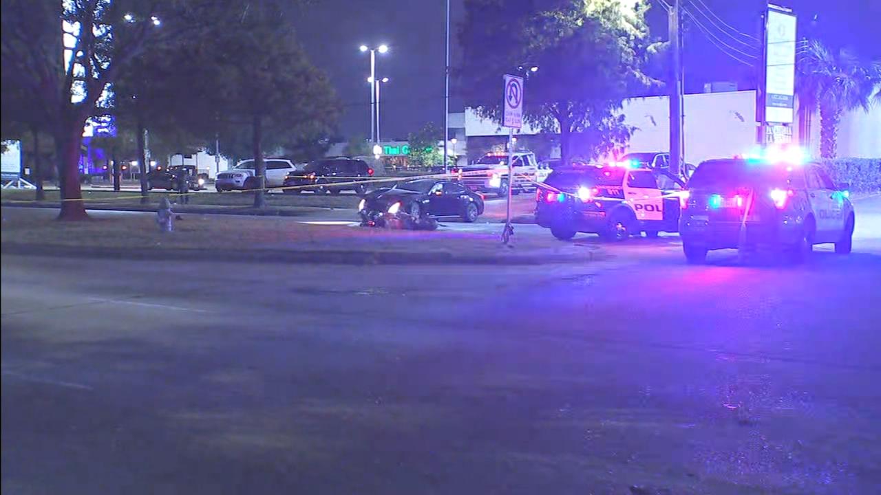 Motorcycle rider killed in SW Houston crash