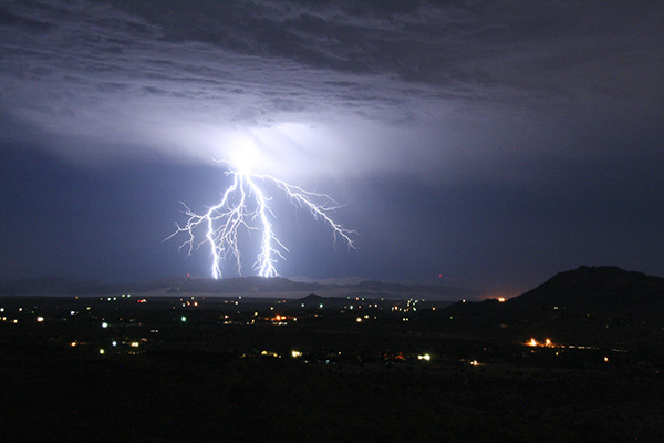 "<div class=""meta image-caption""><div class=""origin-logo origin-image kabc""><span>KABC</span></div><span class=""caption-text"">ABC7 viewer Chris Nichols shared this photo of lightning in Yucca Valley. (ABC7 viewer Chris Nichols)</span></div>"