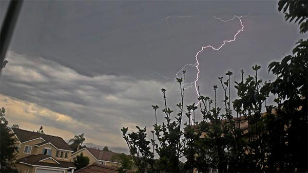 "<div class=""meta image-caption""><div class=""origin-logo origin-image kabc""><span>KABC</span></div><span class=""caption-text"">ABC7 viewer Lindsey Jones shared this photo of lightning in Temecula using #ABC7Eyewitness. (ABC7 viewer Lindsey Jones)</span></div>"