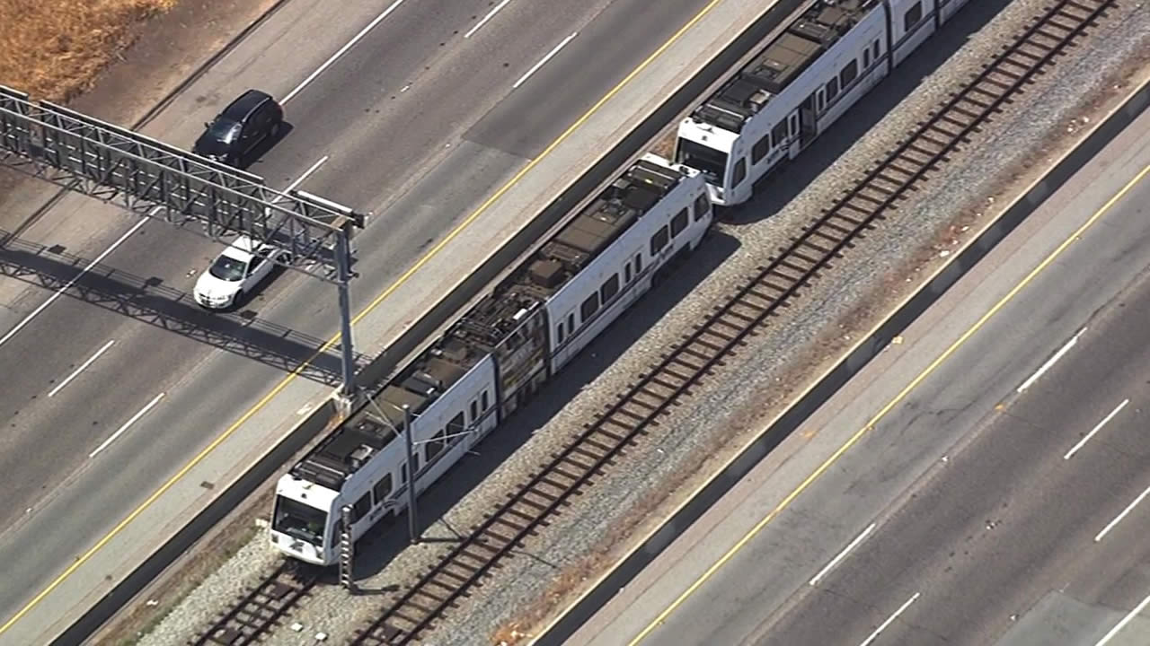 A VTA train broke down along Highway 87 in San Jose due to a mechanical issues on Wednesday, July 1, 2015.