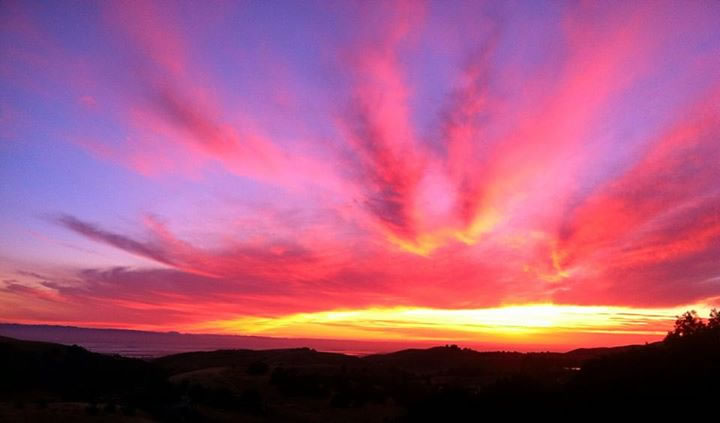 "<div class=""meta image-caption""><div class=""origin-logo origin-image none""><span>none</span></div><span class=""caption-text"">This beautiful sunset was spotted in Milpitas, Calif. on July 1, 2015. (Photo submitted to KGO-TV by Leah Deffenbaugh/Facebook)</span></div>"
