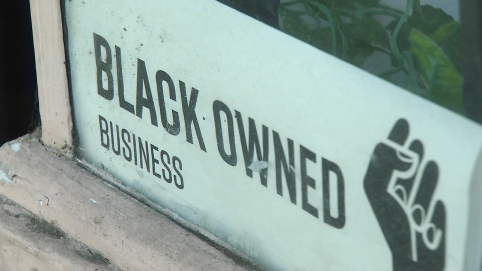 Support Black women-owned Oakland businesses this holiday season