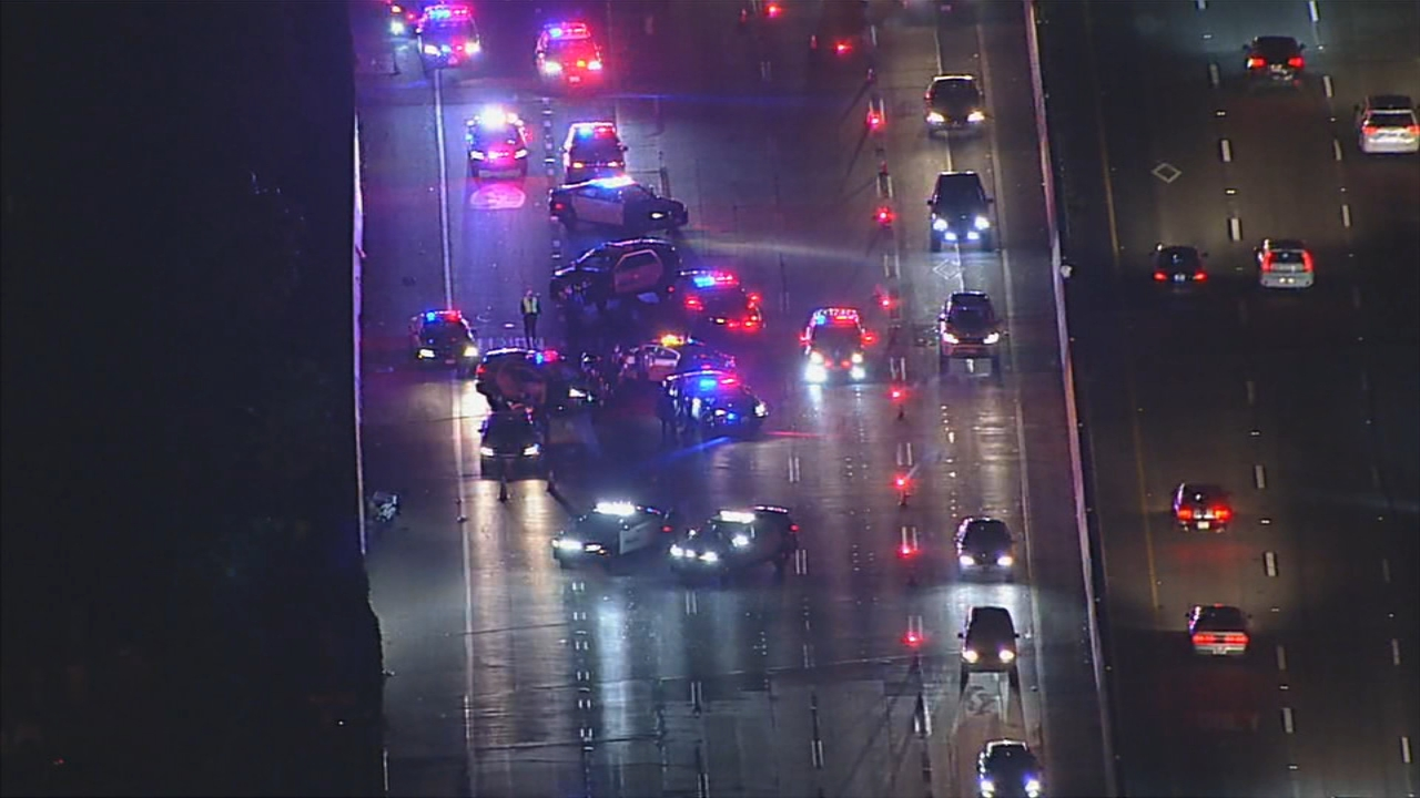 Officer injured on 91 Freeway in Fullerton area leading to closure of westbound lanes