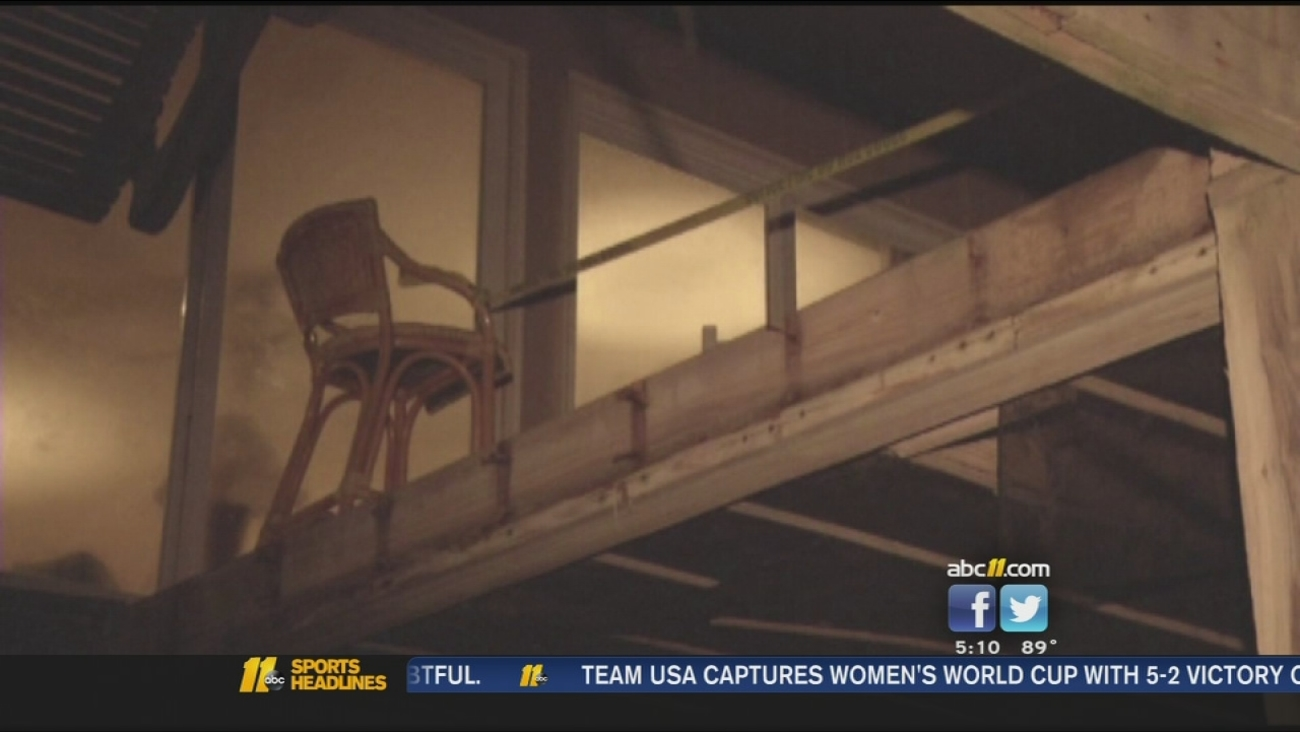 5 remain hospitalized after deck collapse at NC coast