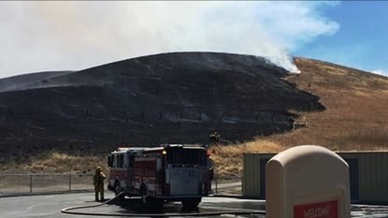 San Ramon Valley Fire Protection District put down a vegetation fire on the hills to the south of Sycamore Valley Park, near Alta Vista Way in Danville.