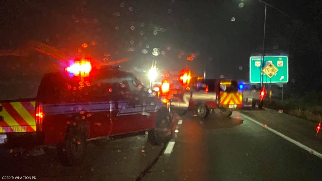 5 dead, including a toddler, after crash on US-59 in Wharton County