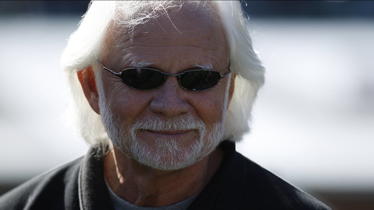 Former Oakland Raiders QB Ken Stabler during pregame in an NFL game between the New York Jets and the Oakland Raiders in Oakland, Calif., Sunday, Oct. 25, 2009.(AP Photo)