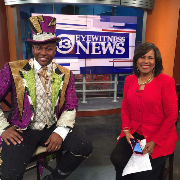 """<div class=""""meta image-caption""""><div class=""""origin-logo origin-image none""""><span>none</span></div><span class=""""caption-text"""">One of the circus performers stopped by the newsroom (KTRK Photo)</span></div>"""