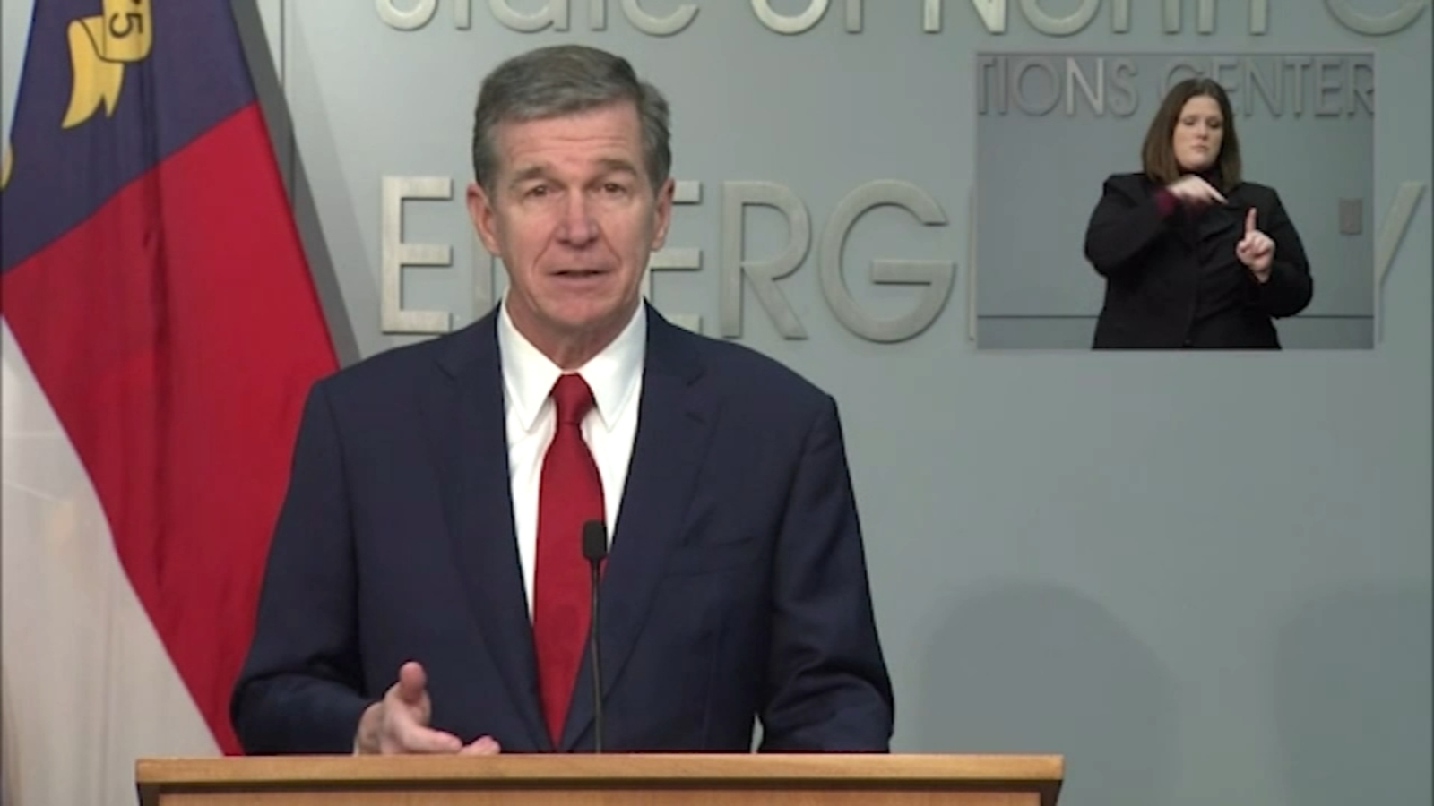 COVID vaccine: Gov. Cooper says NC expected to receive nearly 85,000 doses of Pfizer COVID-19 vaccine after FDA approval - WTVD-TV