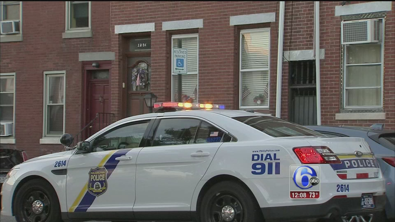 VIDEO: Armed man break into Northern Liberties home