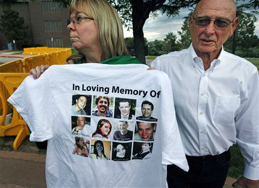 """<div class=""""meta image-caption""""><div class=""""origin-logo origin-image none""""><span>none</span></div><span class=""""caption-text"""">Lonnie and Sandy Phillips, whose daughter Jessica Ghawi was killed in the 2012 Aurora movie theatre massacre, talk with members of the media (AP Photo/ Brennan Linsley)</span></div>"""