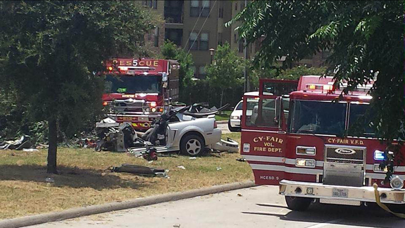 A viewer-submitted photo of the northwest Houston accident scene.