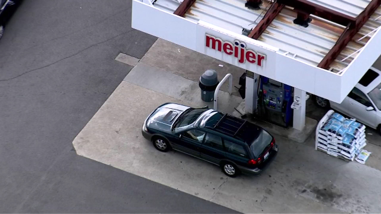 Bolingbrook Meijer Gas Station Warns Of Bad Fuel Abc7chicagocom