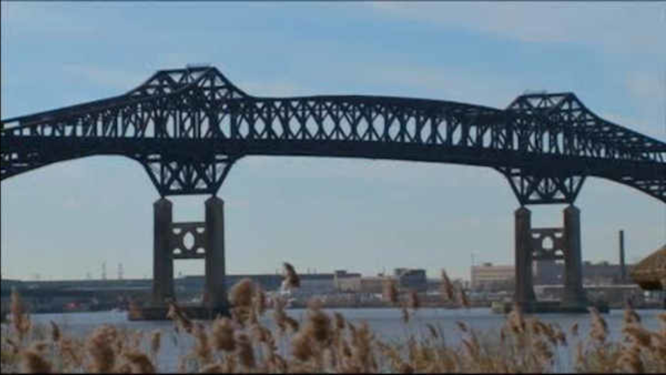 Pulaski Skyway closed in both directions until 5 p m