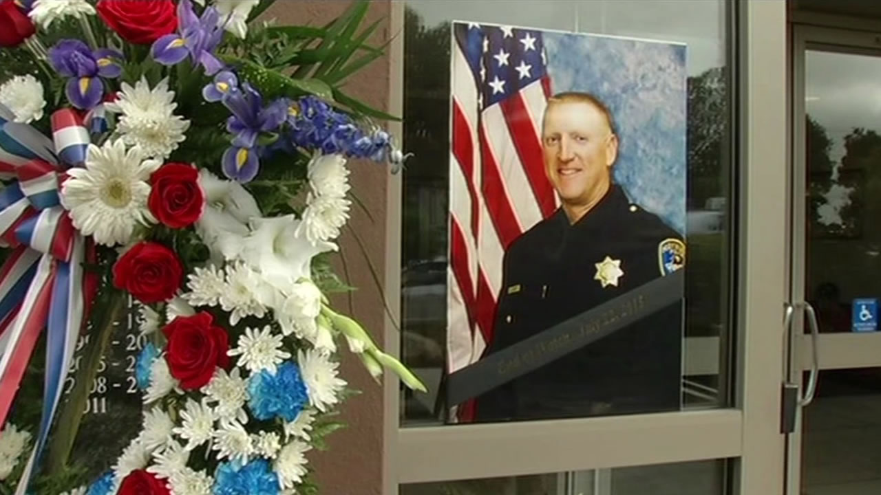 Hayward police Sergeant Scott Lunger was shot and killed Wednesday morning during a traffic stop and the community is coming together to remember a hero.