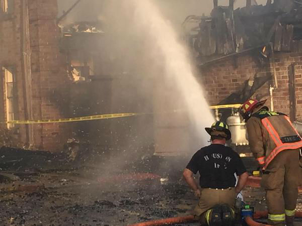 "<div class=""meta image-caption""><div class=""origin-logo origin-image none""><span>none</span></div><span class=""caption-text"">A massive fire has caused severe damage to an apartment complex in northwest Houston. (KTRK/Foti Kallergis)</span></div>"