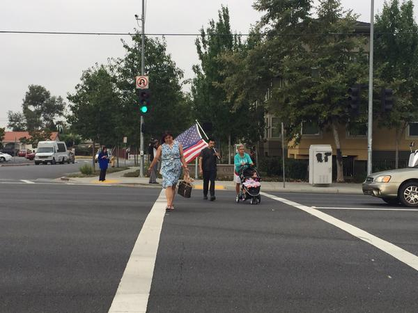 "<div class=""meta image-caption""><div class=""origin-logo origin-image none""><span>none</span></div><span class=""caption-text"">More people arrive to line the streets for the memorial procession of Sgt. Scott Lunger in Hayward, Calif. on Thursday, July 30, 2015. (KGO-TV/Janet O)</span></div>"