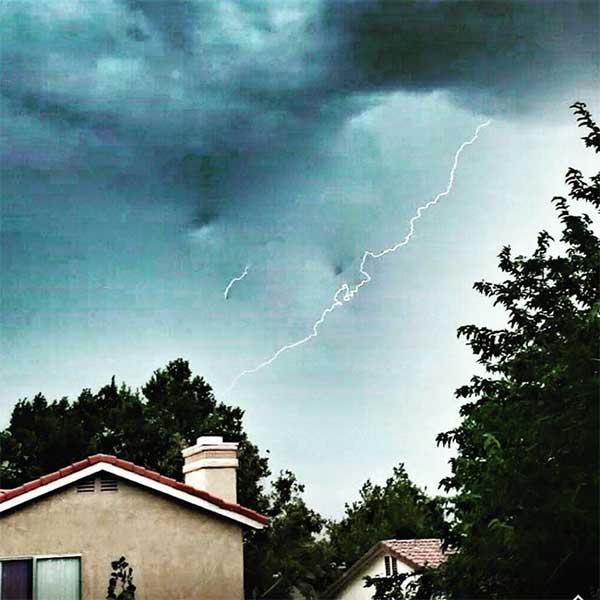 "<div class=""meta image-caption""><div class=""origin-logo origin-image kabc""><span>KABC</span></div><span class=""caption-text"">ABC7 viewer Trina Flowers shared this photo of lightning and clouds in Lancaster on Thursday, July 30, 2015. (ABC7 viewer Trina Flowers)</span></div>"