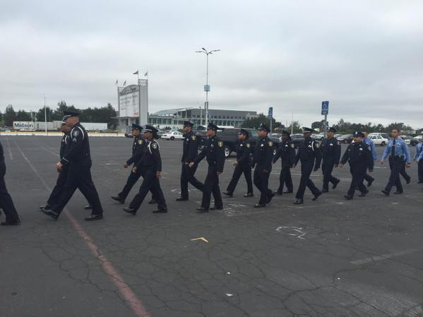 "<div class=""meta image-caption""><div class=""origin-logo origin-image none""><span>none</span></div><span class=""caption-text"">Richmond police officers arrive for the funeral of Sgt. Scott Lunger at Oracle Arena in Oakland, Calif. on Thursday, July 30, 2015. (KGO-TV/Amy Hollyfield)</span></div>"