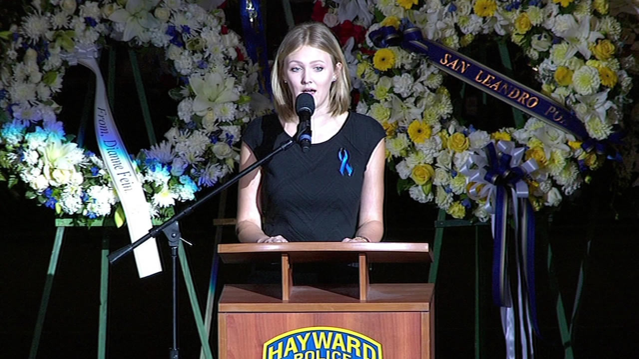 VIDEO: Bagpipes play at Hayward sergeant's memorial   abc7news com