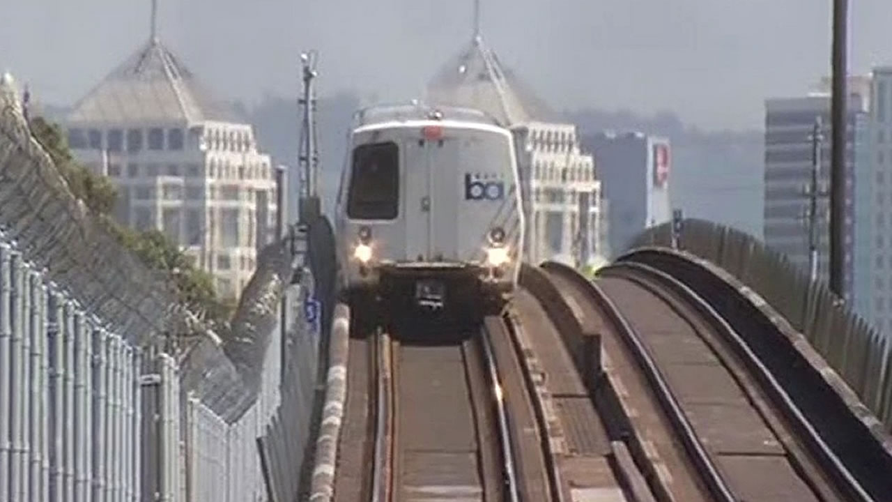 BART train leaves West Oakland