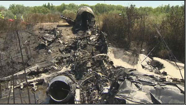 "<div class=""meta image-caption""><div class=""origin-logo origin-image ""><span></span></div><span class=""caption-text"">Pictured: The scene of a plane crash that killed Philadelphia Inquirer co-owner Lewis Katz and 6 other in Massachusetts.</span></div>"