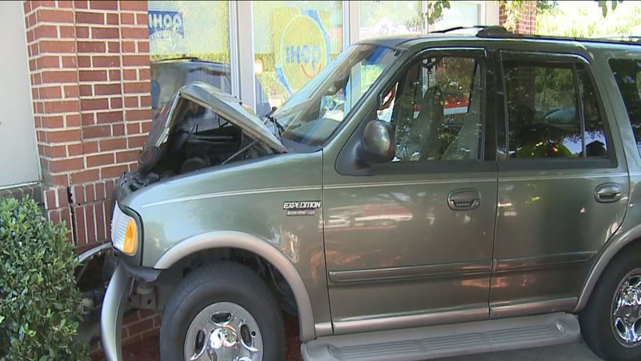 SUV slams into IHOP