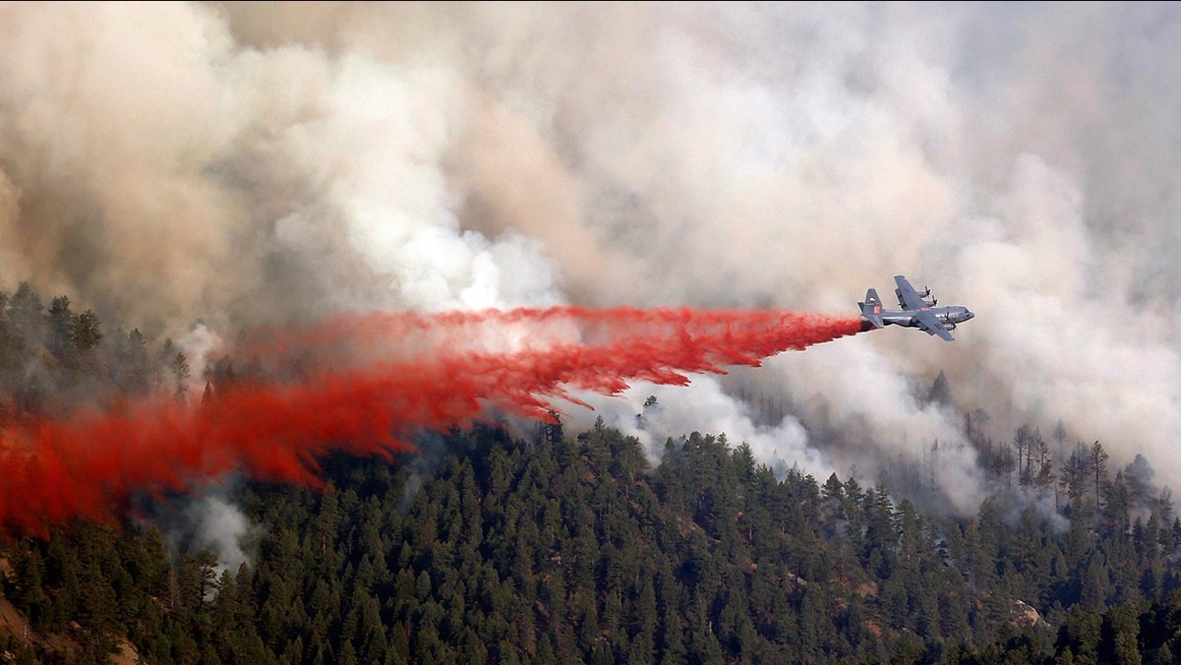 C-130 wildfire tanker