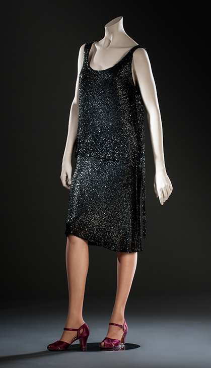 "<div class=""meta image-caption""><div class=""origin-logo origin-image kabc""><span>KABC</span></div><span class=""caption-text"">A 1920s Chanel dress is seen. (Fashion Institute of Design & Merchandising)</span></div>"