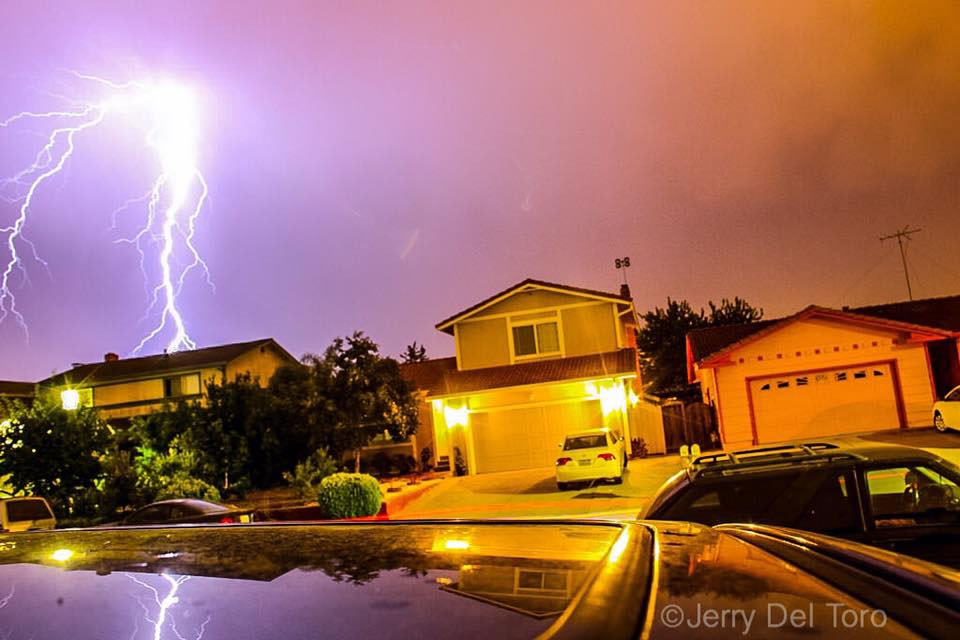 "<div class=""meta image-caption""><div class=""origin-logo origin-image none""><span>none</span></div><span class=""caption-text"">Hundreds of lightning strikes lit up the sky all across the Bay Area on Thursday, August 6, 2015. (Photo submitted to KGO-TV by Jerry D/Facebook)</span></div>"