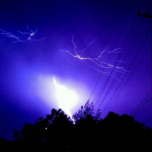 "<div class=""meta image-caption""><div class=""origin-logo origin-image none""><span>none</span></div><span class=""caption-text"">Hundreds of lightning strikes lit up the sky all across the Bay Area on Thursday, August 6, 2015. (Photo submitted to KGO-TV by ladyraiderette/Instagram)</span></div>"