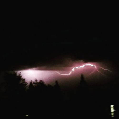 "<div class=""meta image-caption""><div class=""origin-logo origin-image none""><span>none</span></div><span class=""caption-text"">Hundreds of lightning strikes lit up the sky all across the Bay Area on Thursday, August 6, 2015. (Photo submitted to KGO-TV by chloesmom/Instagram)</span></div>"