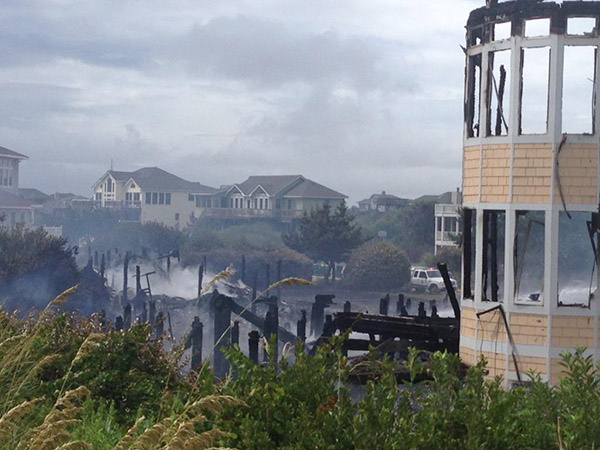"""<div class=""""meta image-caption""""><div class=""""origin-logo origin-image none""""><span>none</span></div><span class=""""caption-text"""">Images from the oceanfront fire on the Outer Banks</span></div>"""
